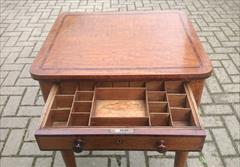Oak antique sewing table5.jpg