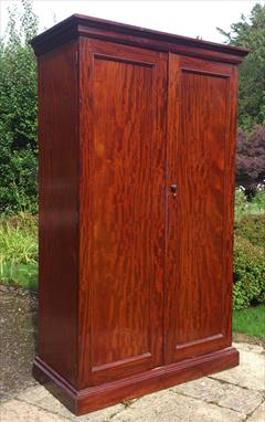 Mahogany antique wardrobe1.jpg