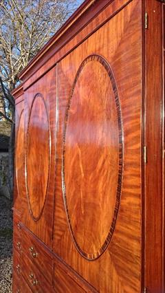 Mahogany antique linen press4.jpg