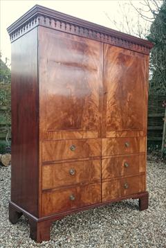 Flame mahogany antique wardrobe2.jpg
