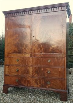 Flame mahogany antique wardrobe3.jpg