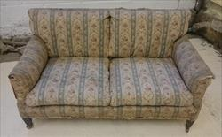 040220191900 Howard Lawson Sofa  1.JPG