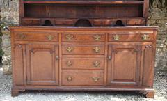 antique oak dresser2.jpg