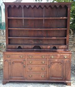antique oak dresser4.jpg