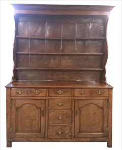 antique oak dresser1.jpg