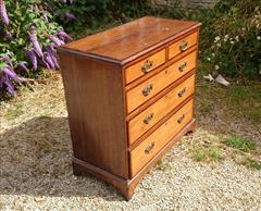oak and mahogany antique chest of drawers3.jpg