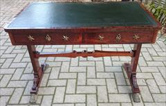 antique writing table1.jpg