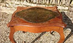 walnut antique writing table5.jpg