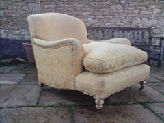 Howards and Sons antique armchair - Ivor model2.jpg