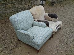 Howard and Sons antique armchair - Harley model2.jpg