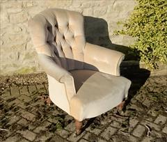 Howard and Sons button back antique antique armchair5.jpg
