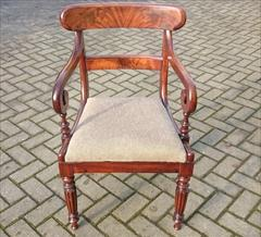 Antique dining chair1.jpg