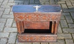 Antique Reliquary Case, 19w 17h 6d _10.JPG