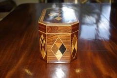 Kingwood antique tea caddy1.jpg