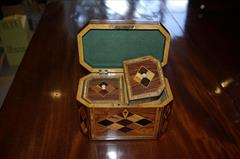 Kingwood antique tea caddy2.jpg